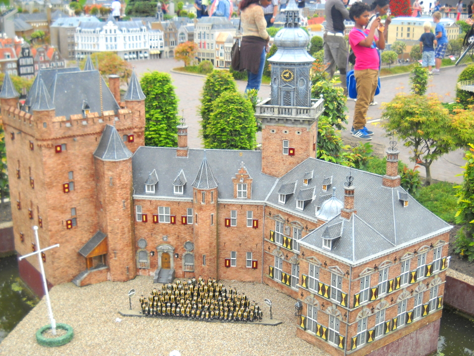 Madurodam, the miniature park in Hague that will please your eyes and enchant your soul