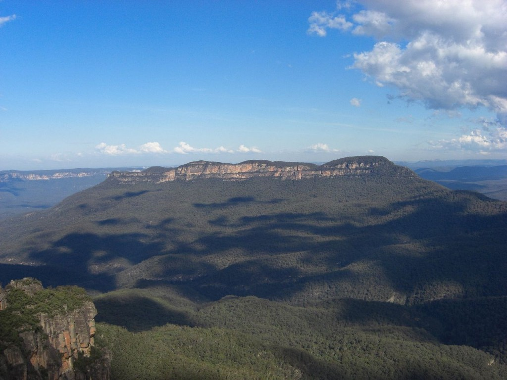 Blue Mountains in the afternoon