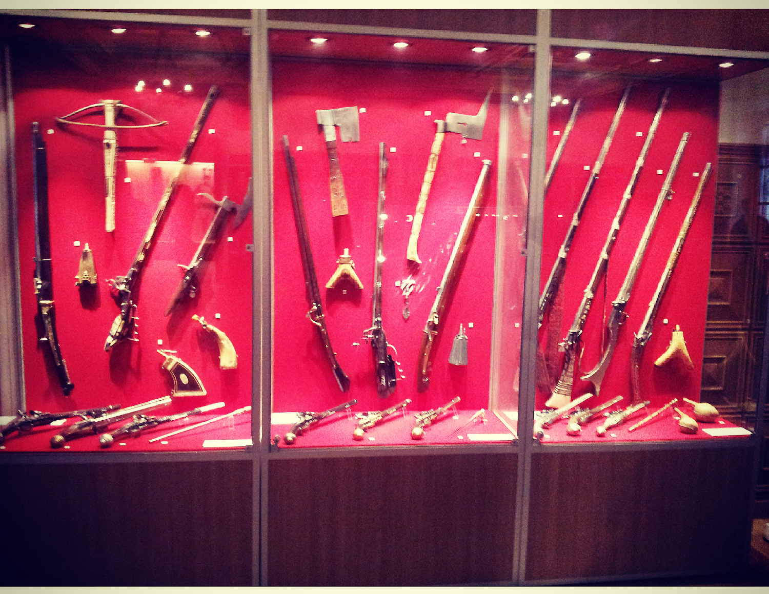 Exhibition of guns from various periods of time
