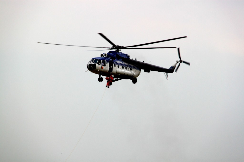 Romanian tactical exercise - helicopter rescue