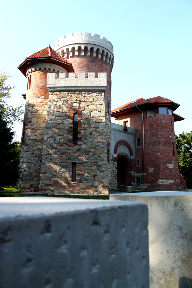 Vlad Tepes castle in Bucharest - Earth's Attractions