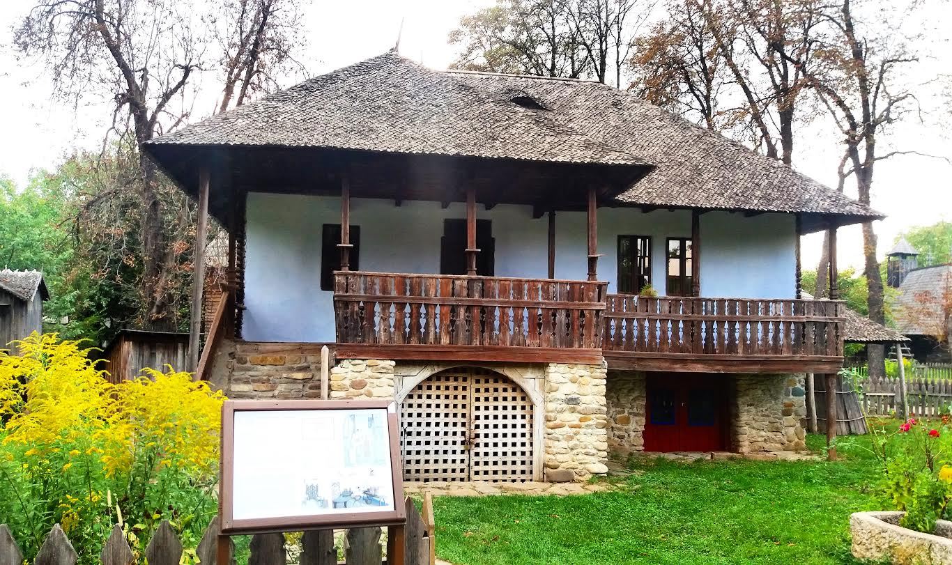 Traditional house at the Village Museum in #Bucharest, Romania - 5 must see places in Bucharestucharest