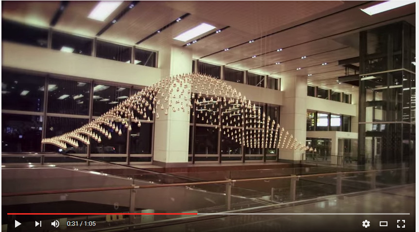 Be calmed down by the Kinetic Rain at the Singapore Airport