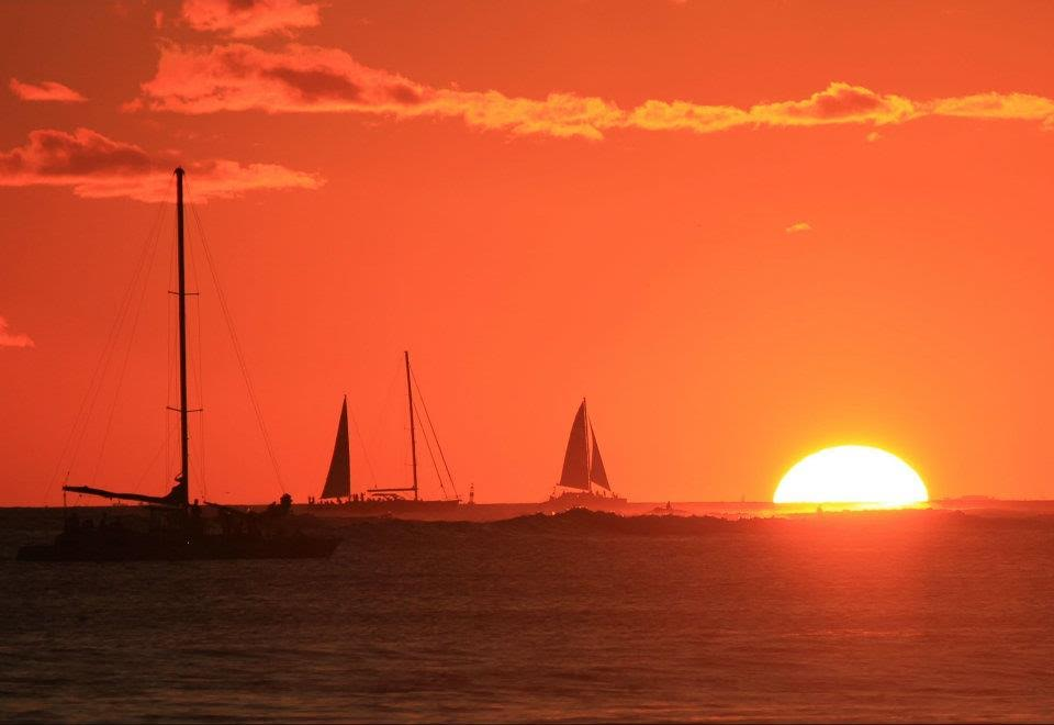 sunset at Waikiki Beach - A guide to Oahu