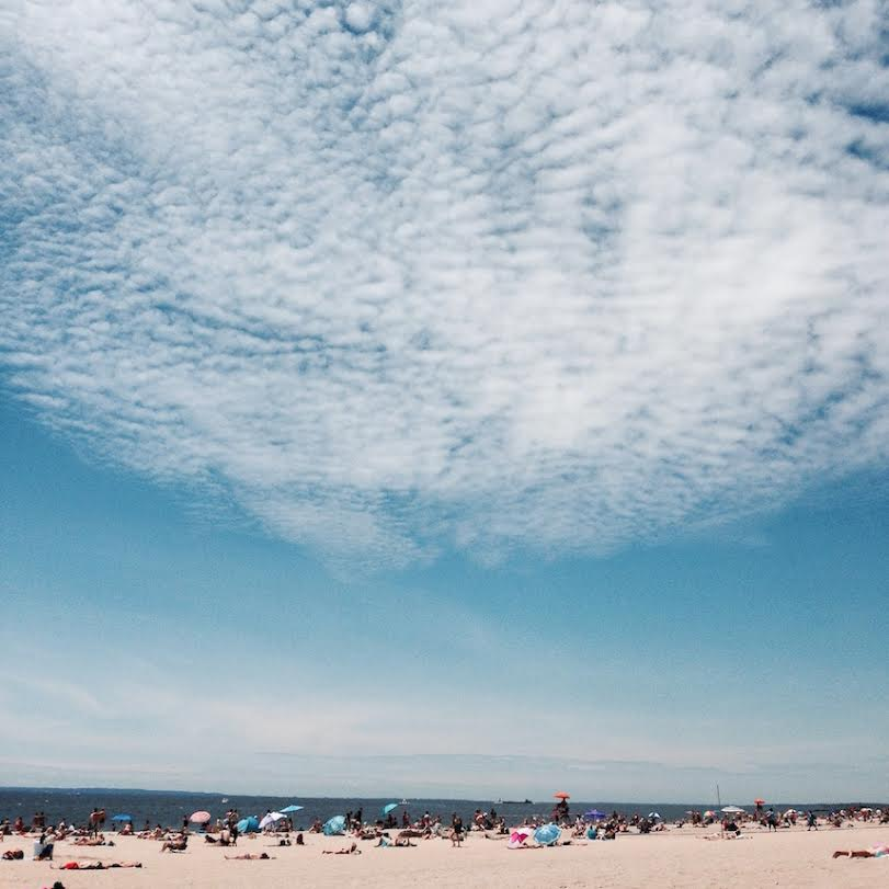 Coney Island, a not-to-miss place in Brooklyn. Read this Brooklyn travel guide and discover the top things to do in Brooklyn, where to eat in Brooklyn, and Brooklyn tips from an insider. #Brooklyn #brooklyn guide #brooklyntips #brooklynny #brooklyntravel