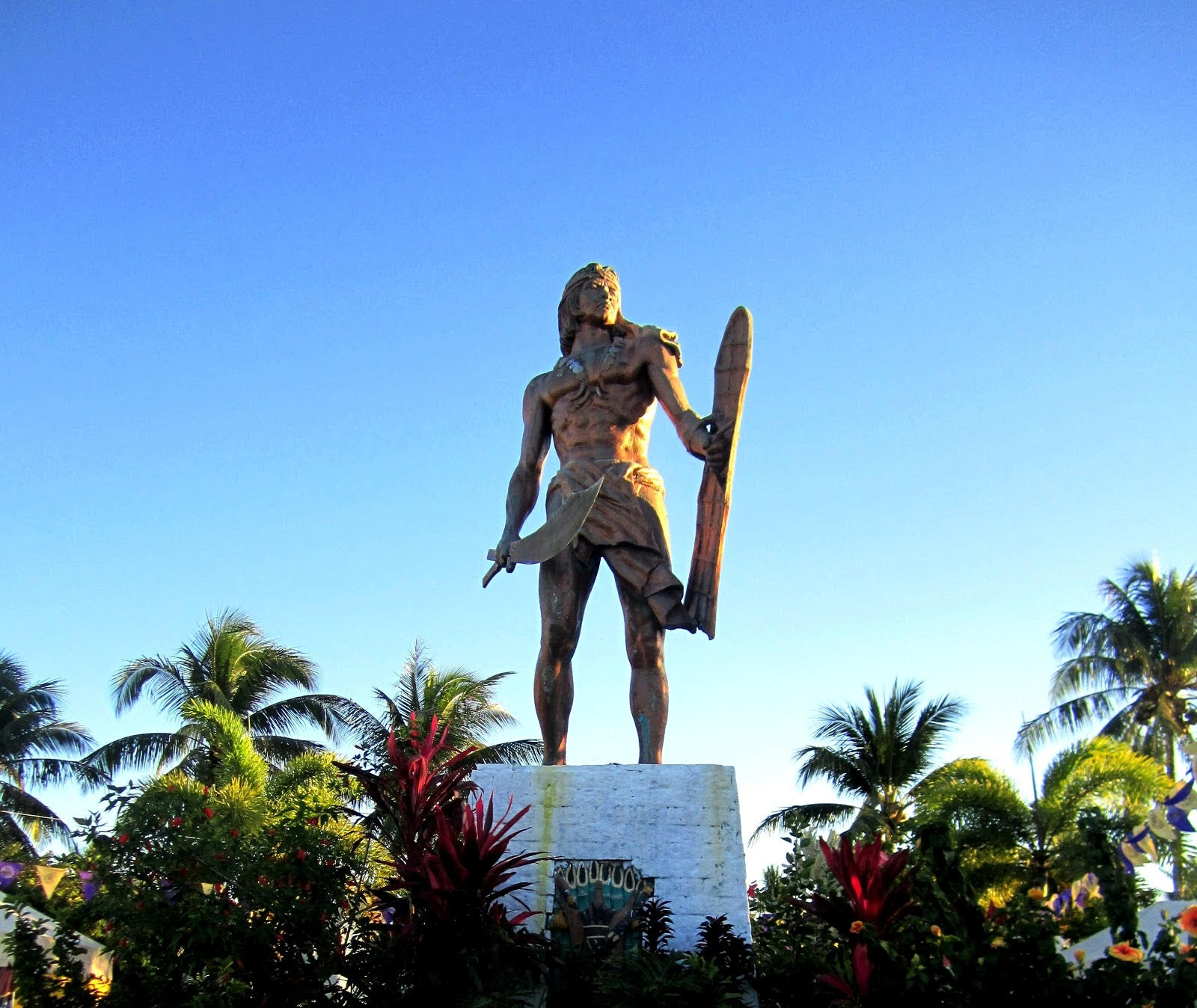 Mactan Shrine, Lapu City in Mactan Island - A Local's guide to #Cebu City, #Philippines