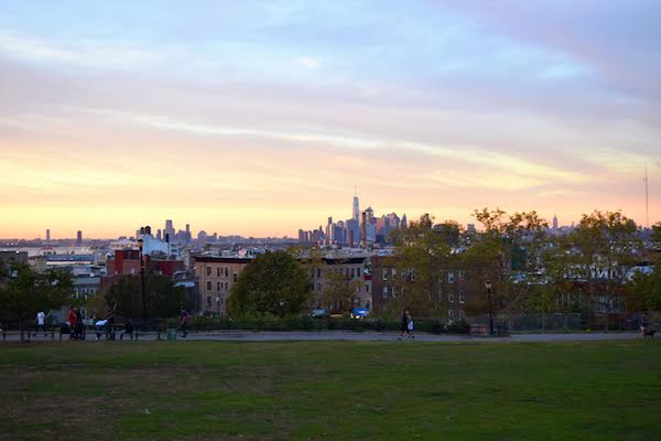 The Sunset Park is one of the best off the beaten path things to see in Brooklyn. This article includes the tp things to do in Brooklyn, Brooklyn tips, and where to eat in Brooklyn. #Brooklyn #brooklyn guide #brooklyntips #brooklynny #brooklyntravel