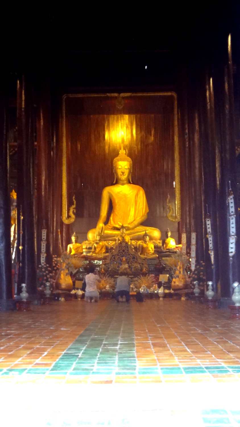 Wat Phan Tao  - A Traveler's Guide to Chiang Mai #travel #Thailand