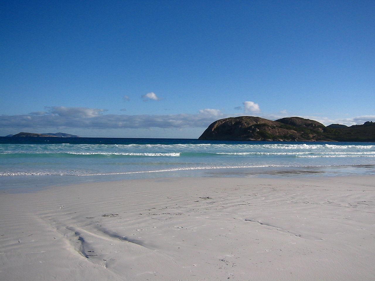 Lucky Bay Australia wikipedia