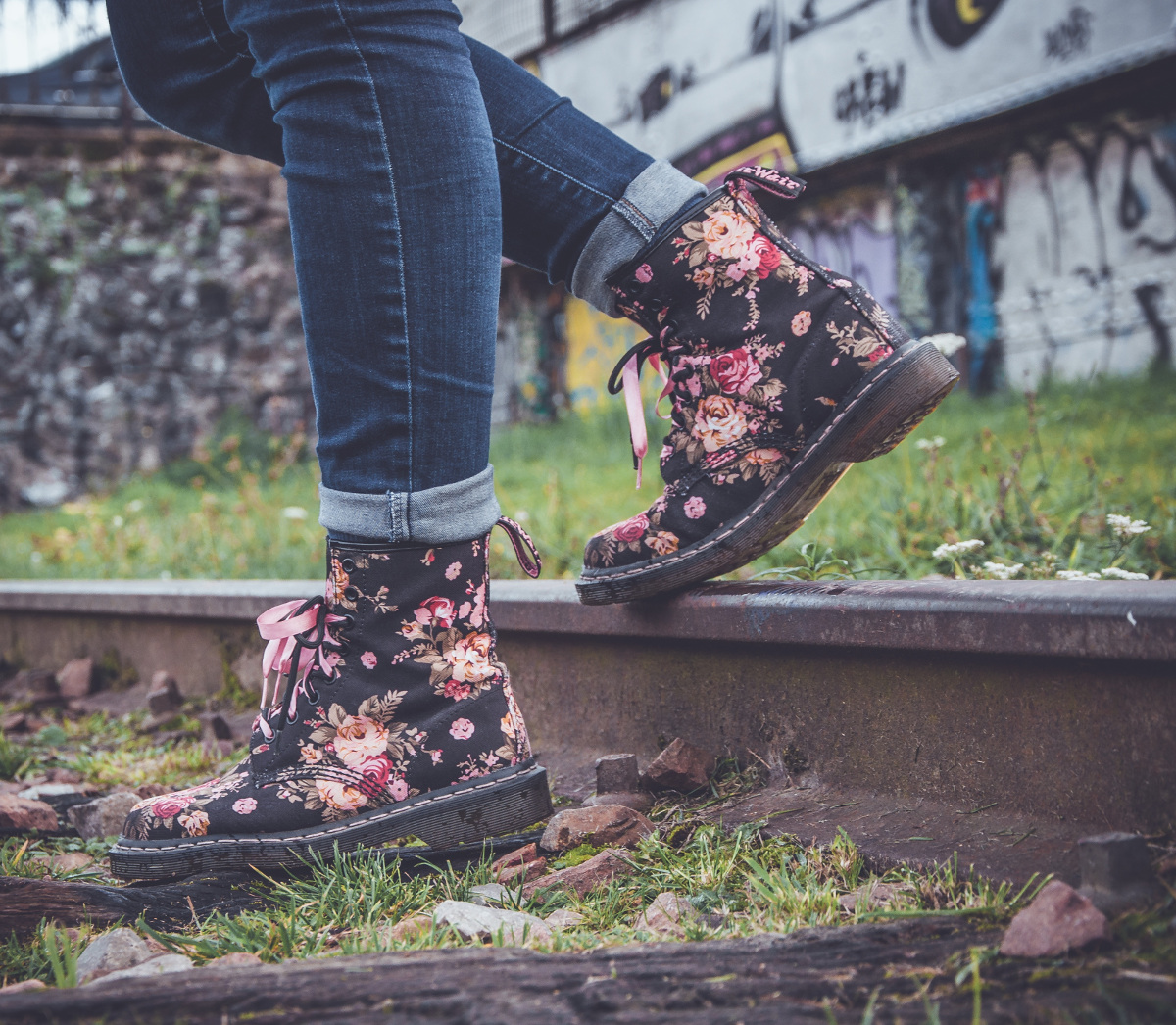 boots travel unsplash