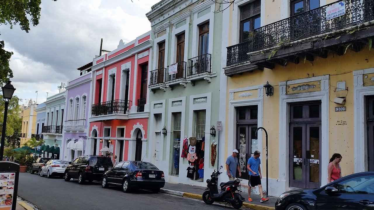 Street - San Juan - Discover the top 5 things to do in Puerto Rico.
