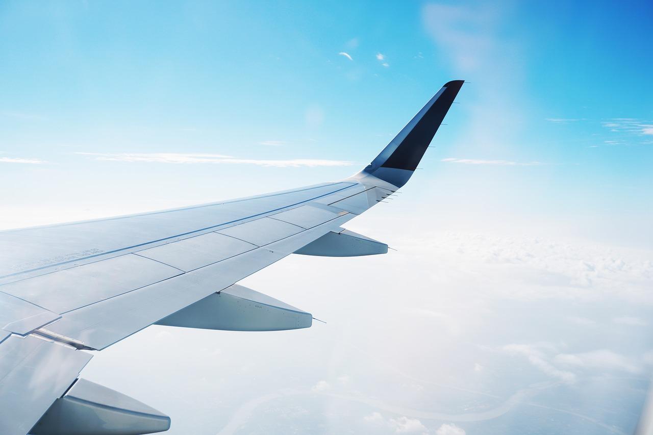 airplane wing pixabay