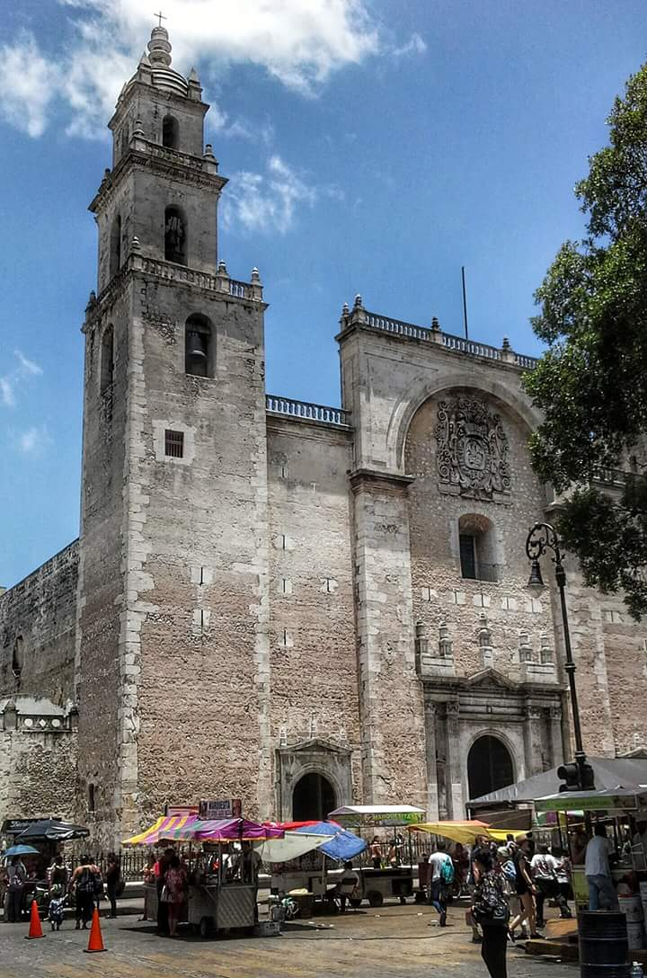 Cathedral and centro - A complete guide to Merida, Mexico