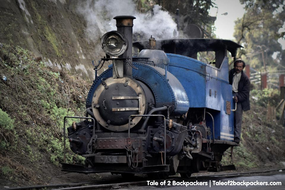 Darjeeling Himalaya Railways - A Complete Travel Guide to Darjeeling, India