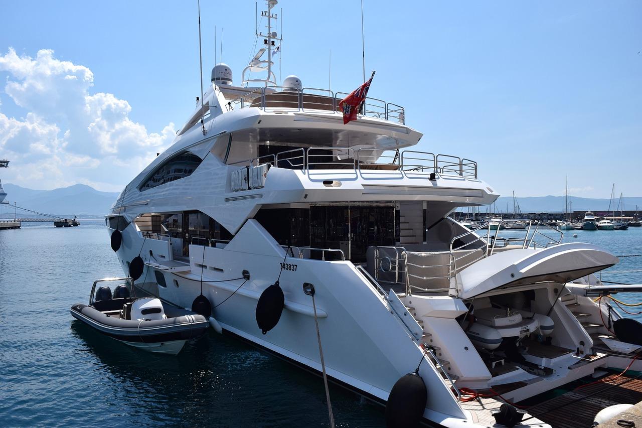 yacht pixabay