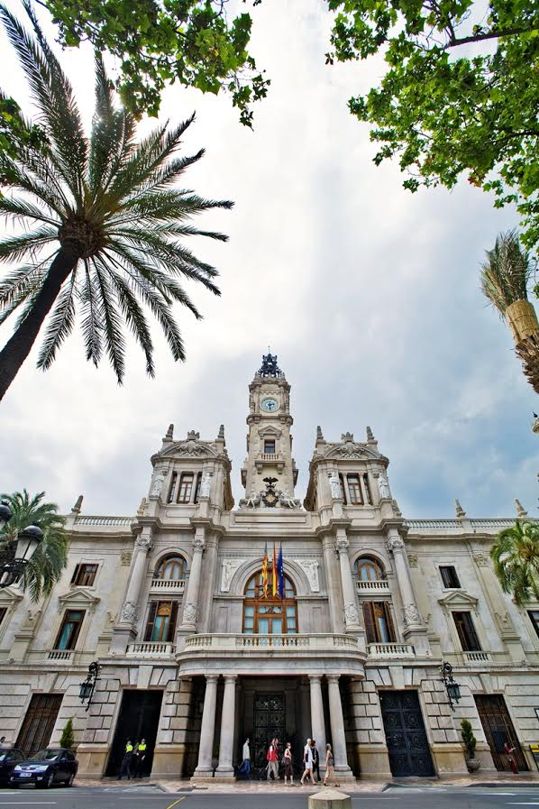 Ayuntamiento (City Hall) - Best free things to do in Valencia