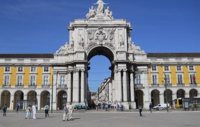 Lisbon Travel Guide: what to see, where to eat and stay, and tips
