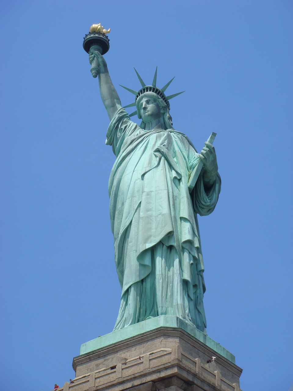 Statue of Liberty. Discover the best things to see in NYC, USA