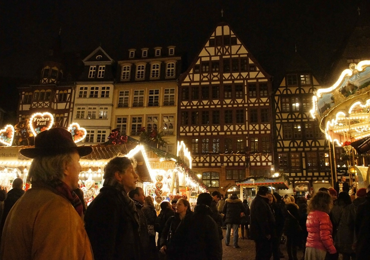 The Frankfurt Christmas Market, Germany is one of the best Christmas Markets in Europe. Read the article and see the top Christmas markets in Europe. #christmas #christmasholidays #christmastrips #europemarkets #europechristmasmarkets #christmasmarkets