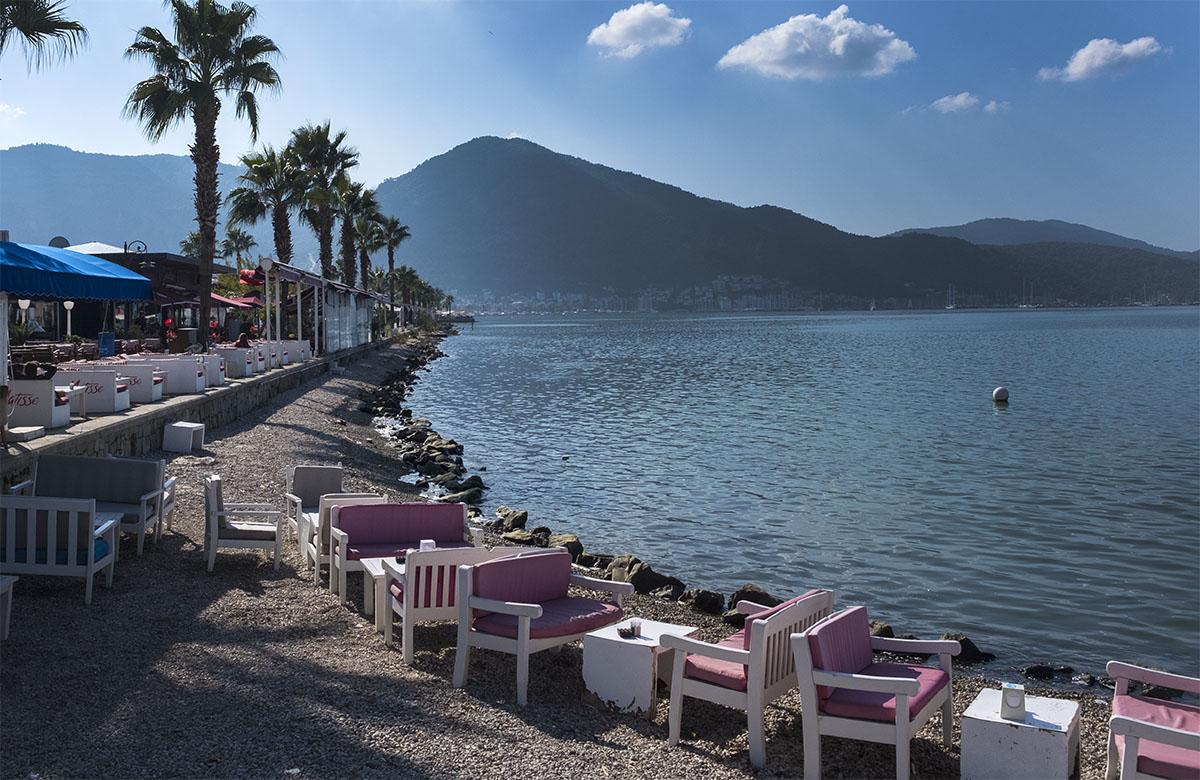 Fethiye - promenade restaurants