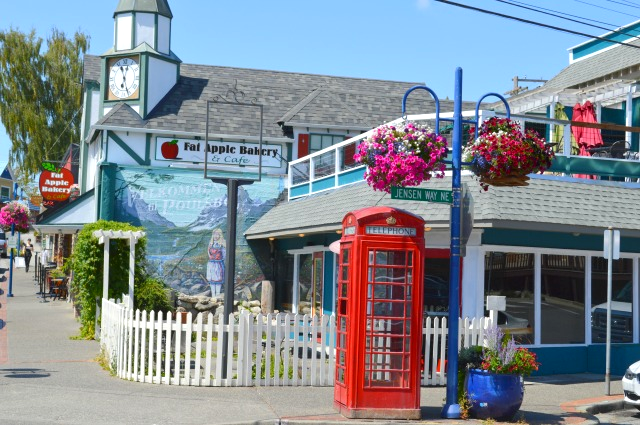 Main Street View of Fat Apple Bakery and Phone booth