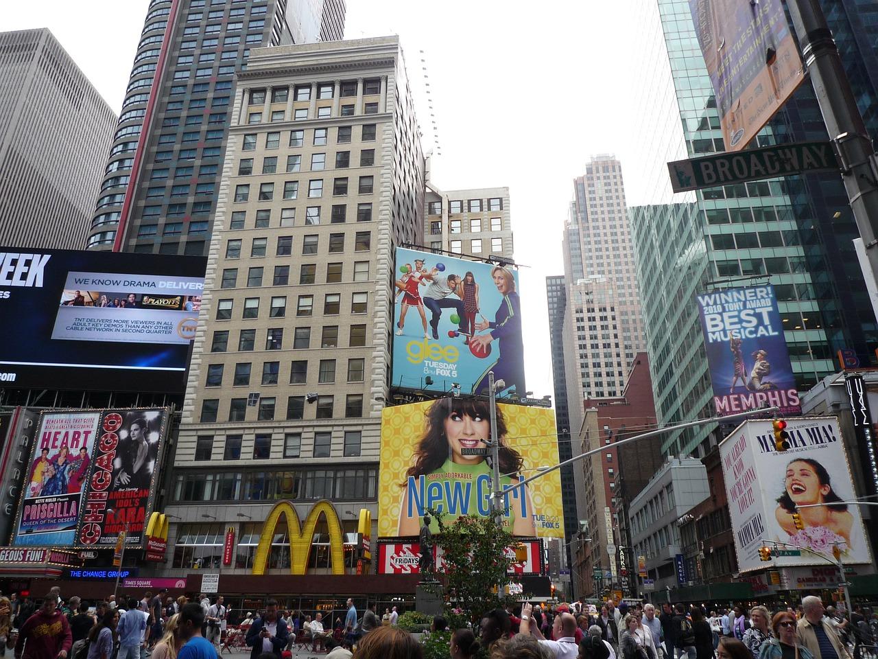 Usa - New York - Broadway