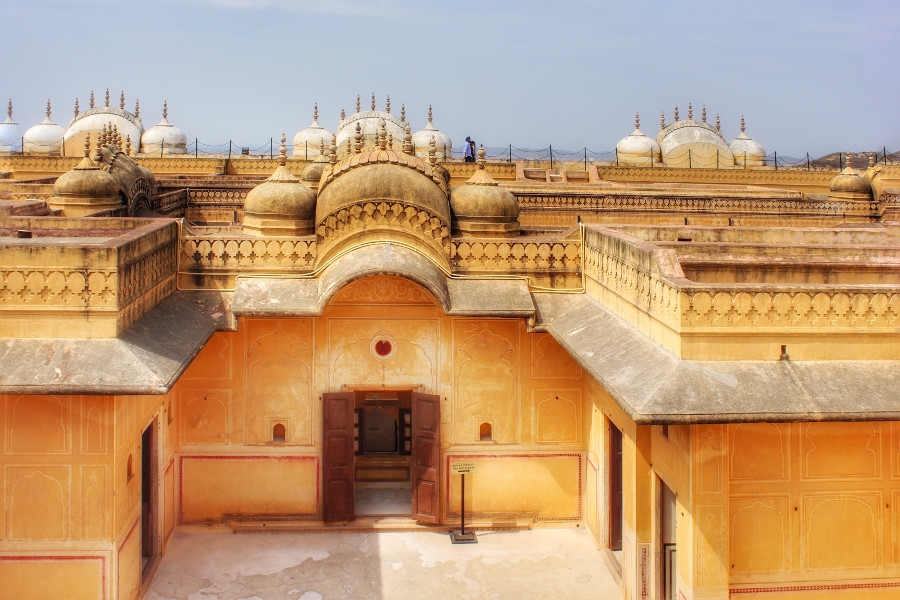 Beautiful terrace of Madhvendra Palace at Nahargarh Fort – Many movies have been shot here. Read this insider's guide to Jaipur India to learnt he best attractions in Jaipur, what to do in Jaipur, where to eat in Jaipur, hostels in Jaipur #Jaipur #India #indiatravel #Jaipurguide #Jaipur #Asia #travelasia #travelguide #Jaipurguide