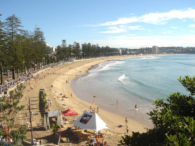 Manly Beach, Sydney, Australia Use this complete local's guide to Sydney, Australia and discover the top things to see in Sydney, best off the beaten path places to visit in Sydney, and tips for Sydney. #Sydney #Australia #Sydneytravel #travelguide #tourist #attractions #travel #Sydneyguide #Sydneytravelguide