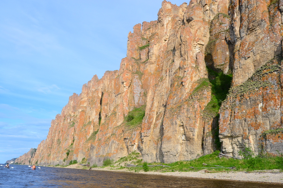 The Lena pillars, a UNESCO World Heritage Site. Read this article and discover the best things to do in Yakutsk, off the beaten path attractions in Yakutsk, and Yakutsk tips. Yakutsk #Yakutsktravel #Siberia #Yakutskrussiatravel #Yakutsktips #Yakutskguide #Yakutsktravelguide #Yakutsktravel