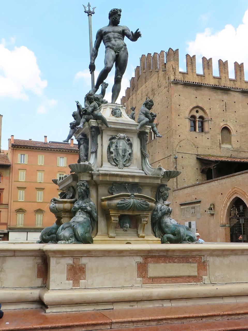 The Neptune Fountain is one of the best things to see in Bologna Italy. Read this guide to Bologna and discover the top attractions in Bologna, where to stay in Bologna, and where to eat in Bologna, #bologna #italy #bolognaguide #europe #bolognatraveling #bolognatravel