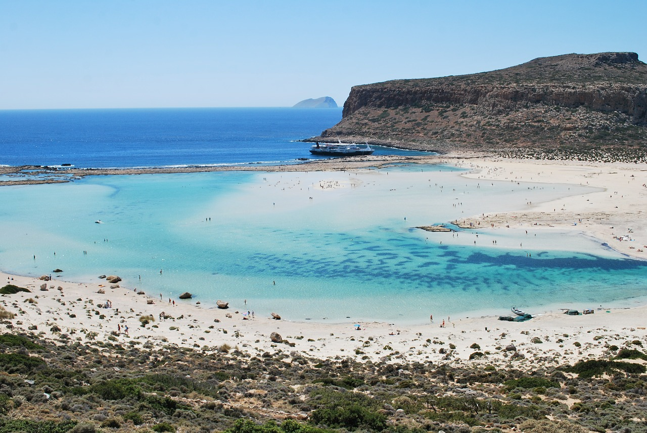 Balos Lagoon and Beach in Crete, Greece. Read this article and discover the best places to visit in Crete by car. #crete #cretetravel #creteguide #cretebycar #cretegreece #greece #europe