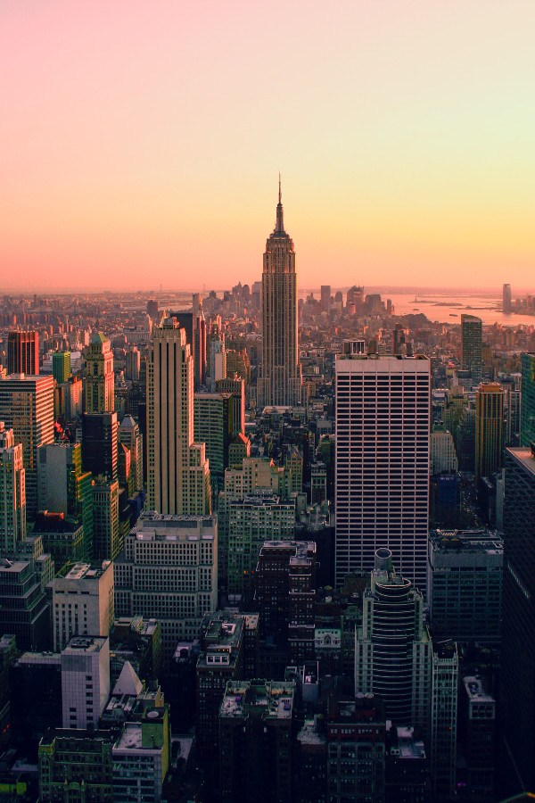 New York City - The Big Apple - is one of the best Christmas Holiday destinations. Read the article to discover more great places to spend Christmas