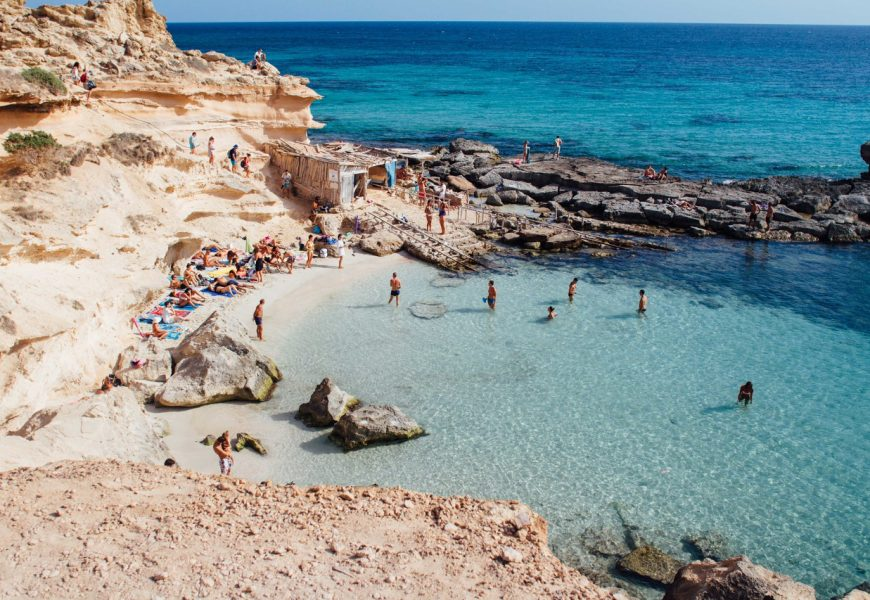 This is how to spend 2 astonishing days in Ibiza