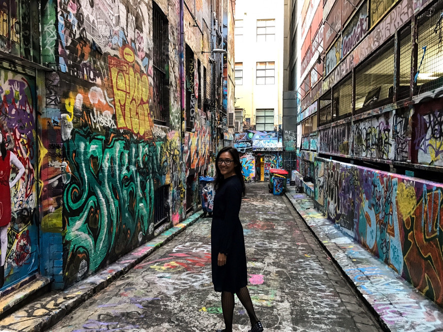 Street art in Melbourne - Hosier Lane. Discover many other Melbourne attractions from this article. #melbourne #australia #australiatravel #melbournetips
