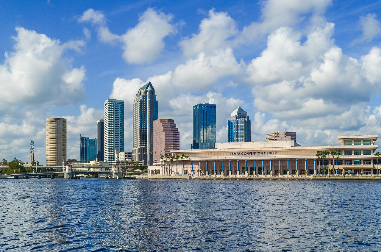 What to do in Tampa when it rains - these are the best indoor fun rainy days activitied in Tampa, Florida, USA. #tampa #usa #travel