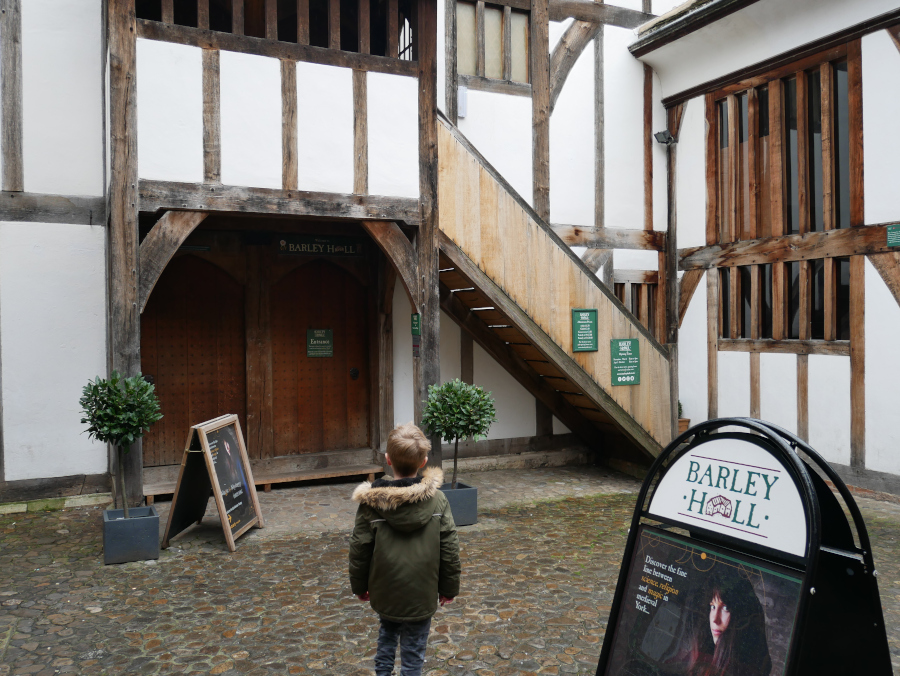 Barley Hall, York UK. Go York sightseeing with this York city guide by an insider.