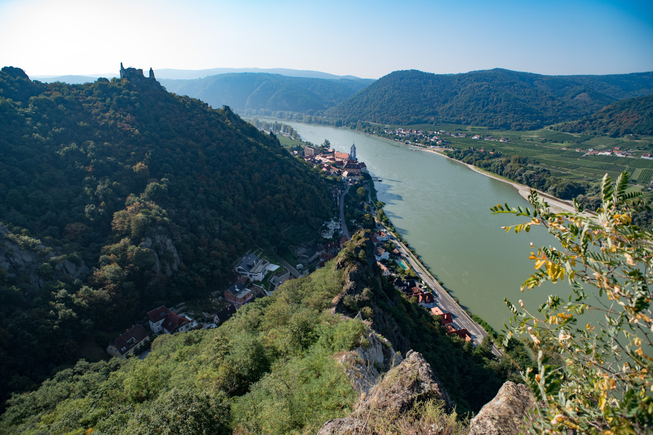 The Wachau Valley is one of the best day trips from Vienna. Here are the 10 places to visit near Vienna. #vienna #austria #europe #daytrips