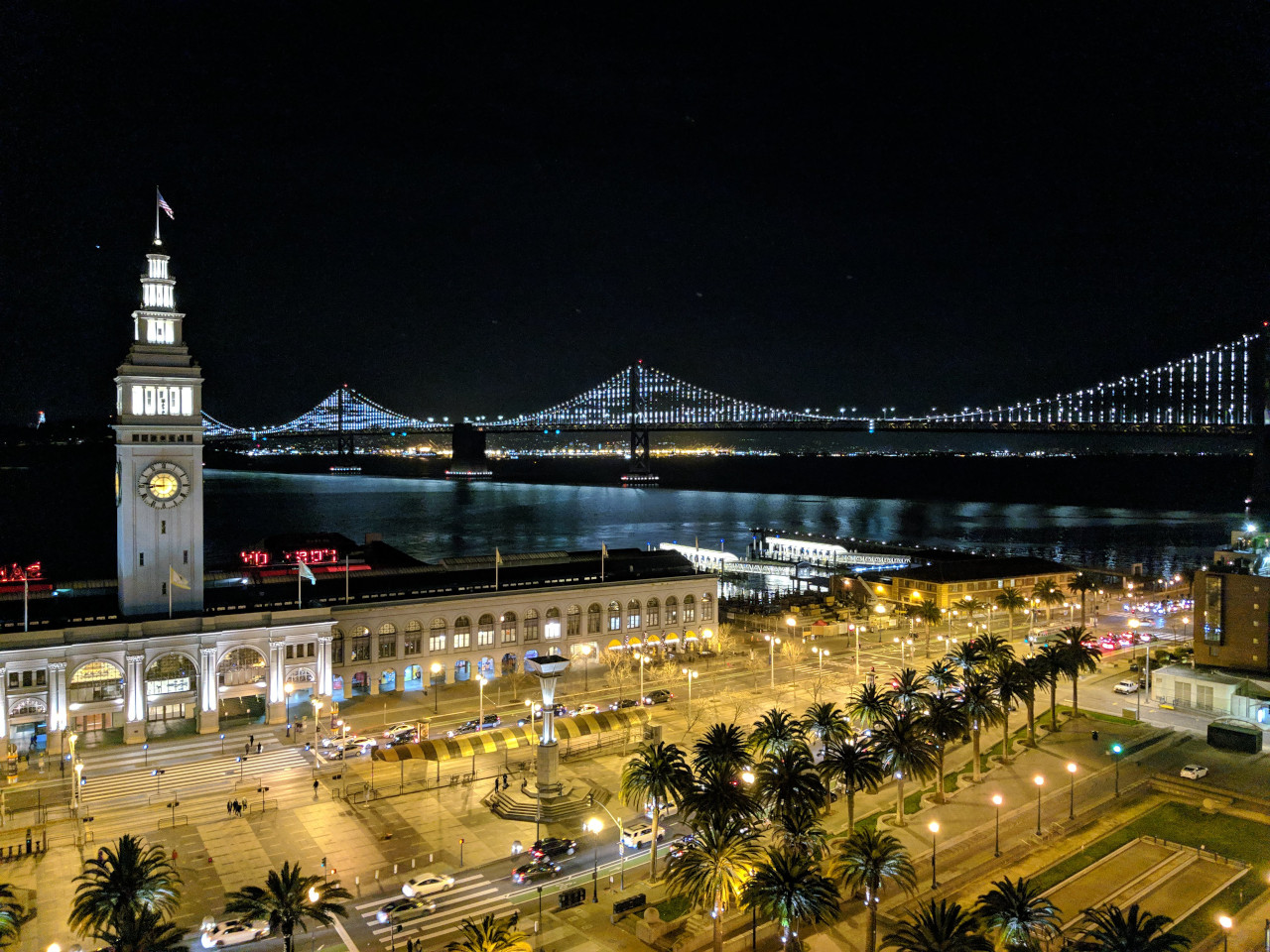 Ferry Building and Bay Bridge, San Francisco. Discover the best things to do in San Francisco from a local #sanfrancisco #sf #usa #travel