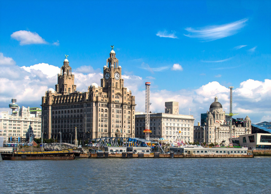 Liverpool. Top cities to visit in autumn in the UK