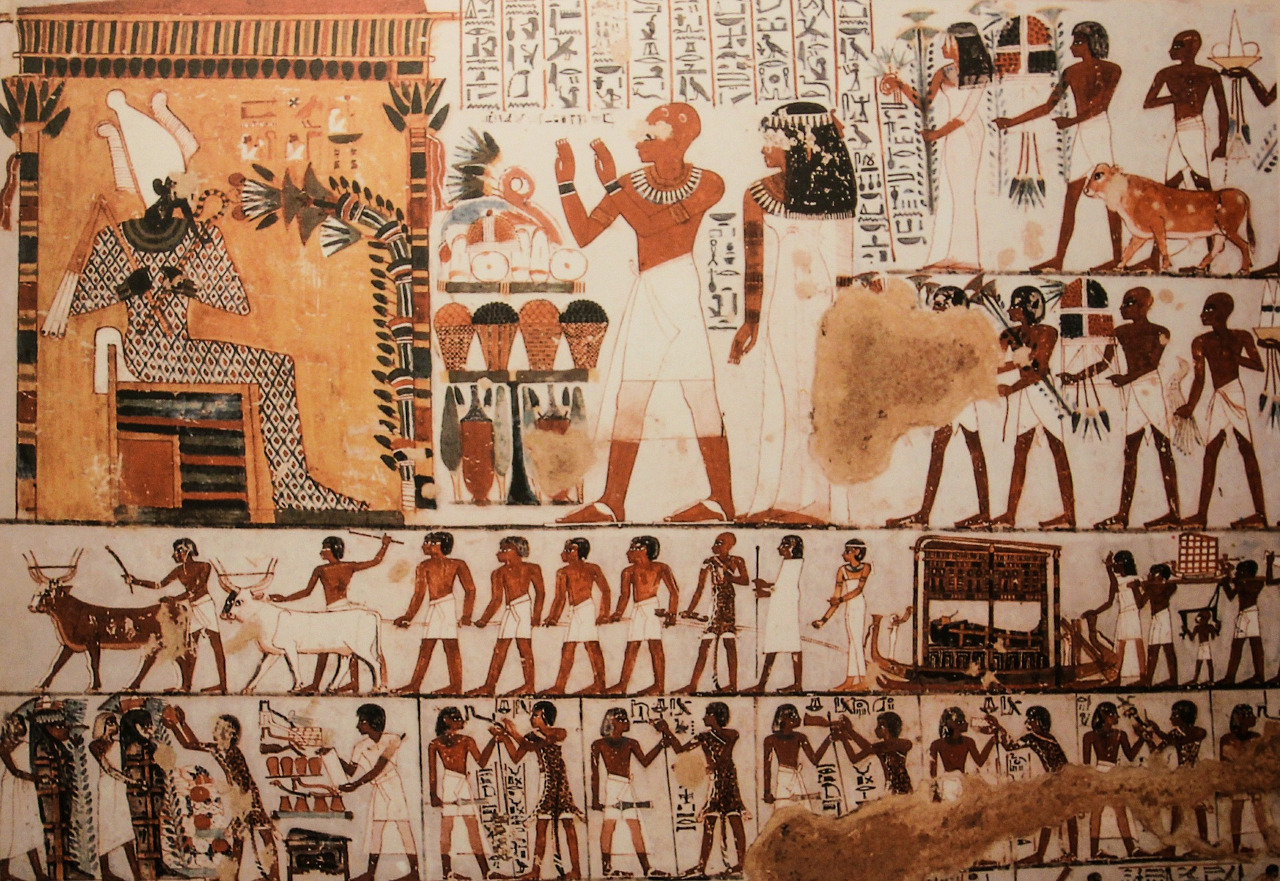 Tutankhamun's tomb, murals. The best places to visit in Egypt and the best time to visit Egypt. #egypt #travel