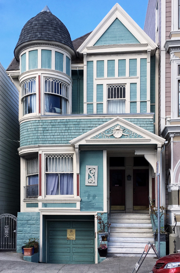 Victorian house in San Francisco. Use this San Francisco city guide to plan your San Francisco trip #sanfrancisco #sf #usa #travel