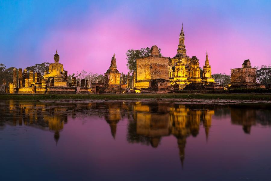 Бангкок, Тайланд.  Что нужно знать перед поездкой в Таиланд и лучшие места для посещения в Таиланде.  #thailand #asia #travel Путешествие в Таиланд Путешествие в Таиланд: что стоит знать и лучшие места в Таиланде bangkok thailand