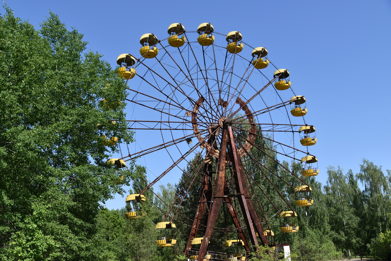 Chernobyl, Ferris wheel at the Park of Culture and Rest. Chernobyl landmarks and Chernobyl things to do