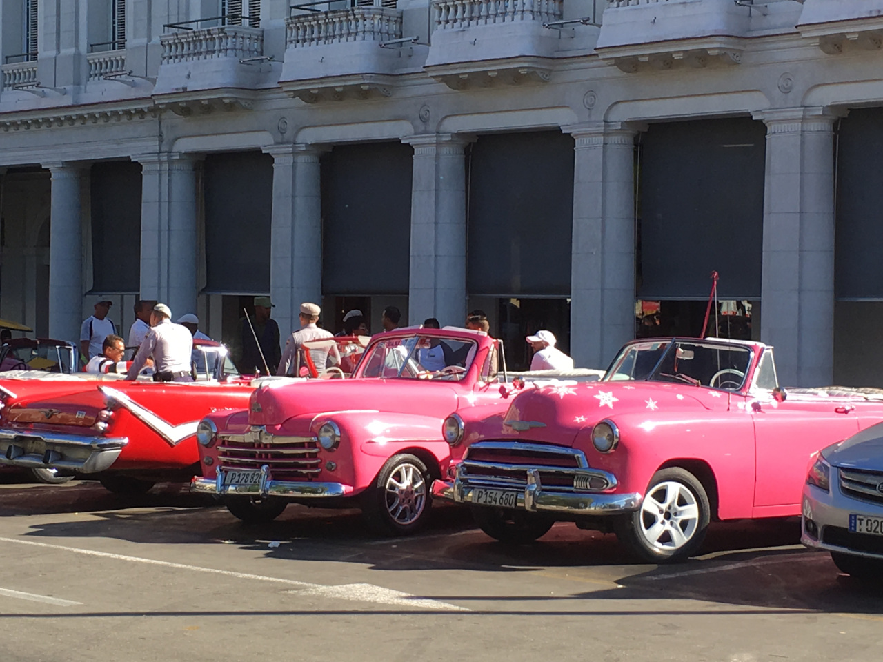 Cuba, Classic American cars. What to do in Havana, Cuba - the ultimate Havana guide