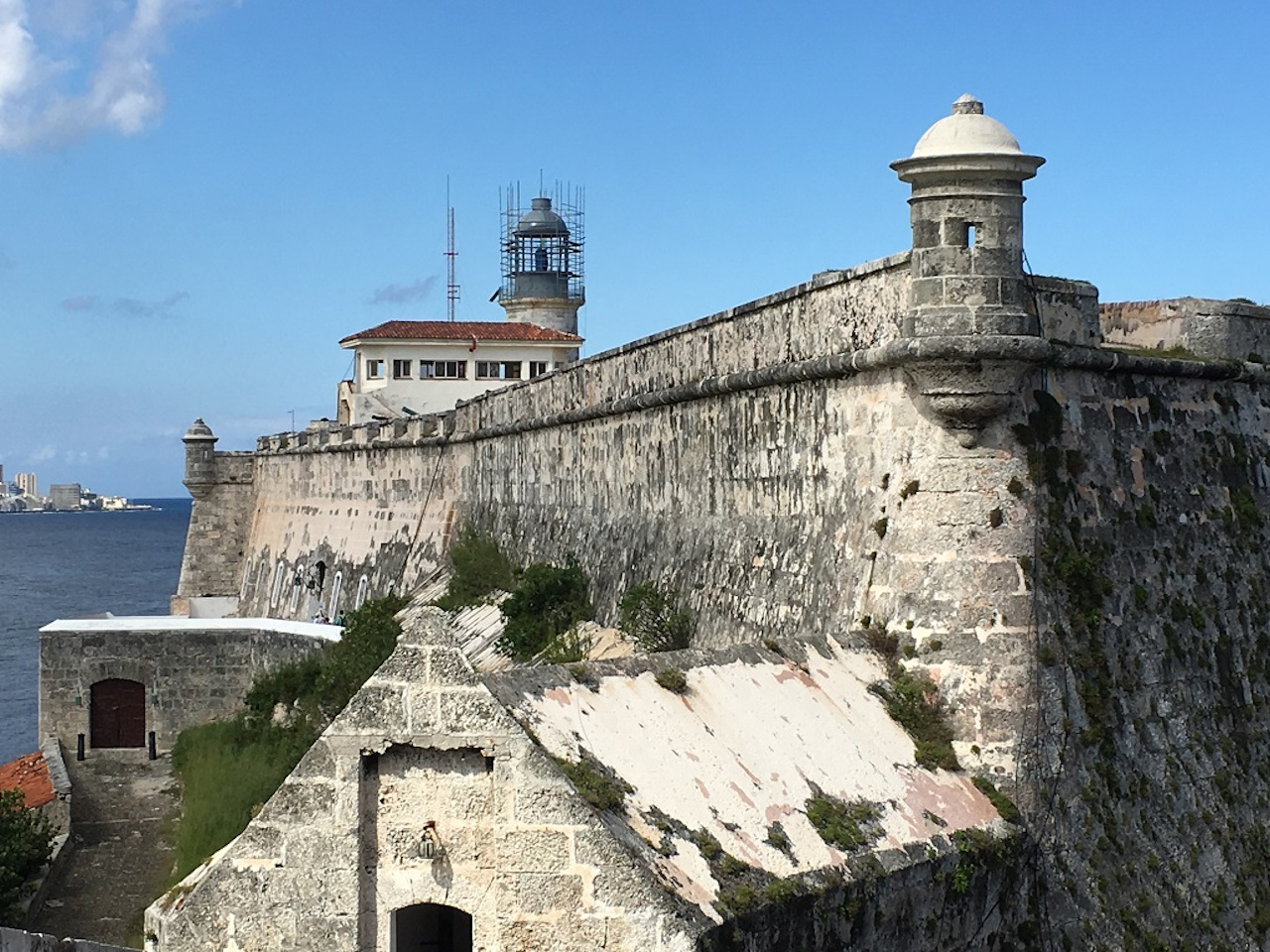 Havana colonial fort. The best Havana attractions to include on your Havana itinerary