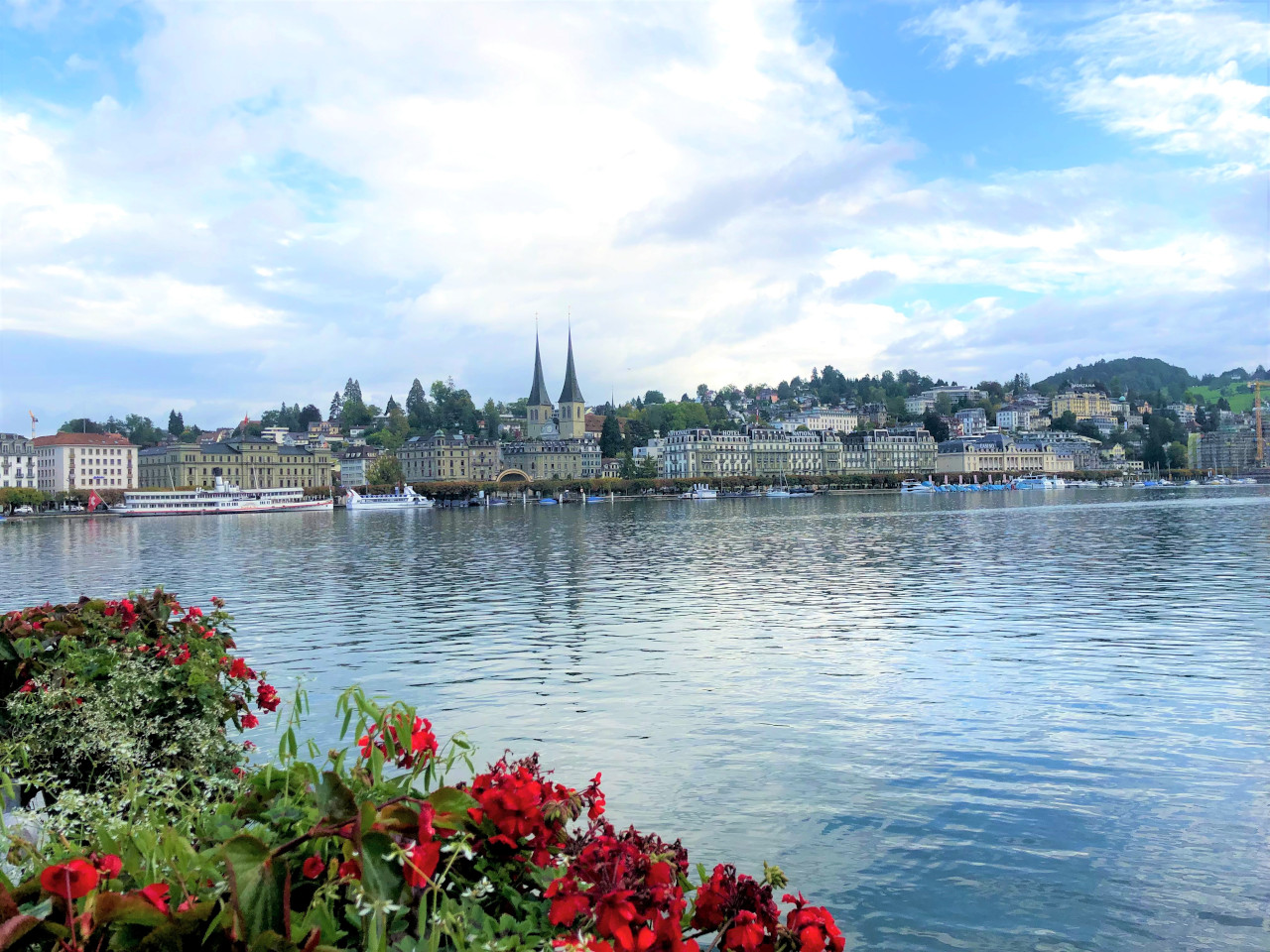 Lake Lucerne, MyFaultyCompass. Your comprehensive Lucerne guide with the best things to do in Lucerne, day trips from Lucerne, restaurants in Lucerne, places to stay in Lucerne, and more.