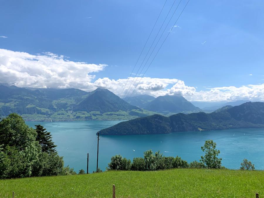 Люцерн, Маунт-Риги, MyFaultyCompass. Откройте для себя лучшие вещи в Люцерне, Швейцария, лучшие места в Люцерне, советы и многое другое из этой статьи. Прочитайте это сейчас! Путеводитель по Люцерну Путеводитель по Люцерну, Швейцария: лучшие развлечения в Люцерне, рестораны, варианты размещения и советы lucerne mt rigi myfaultycompass