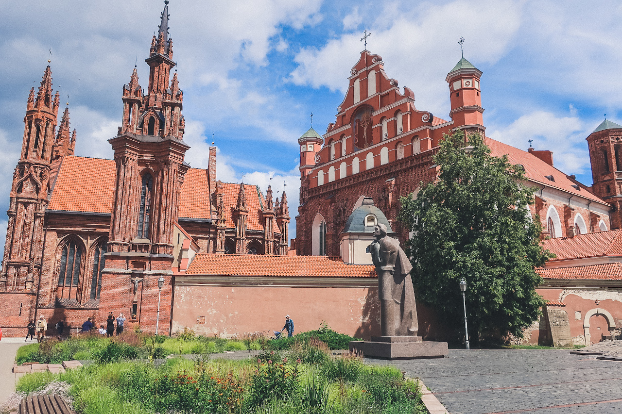 St. Anne's Church, Vilnius. The perfect 3-day Vilnius itinerary