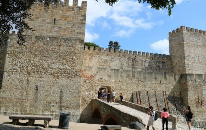 The ultimate guide to visiting Castelo de São Jorge, Lisbon