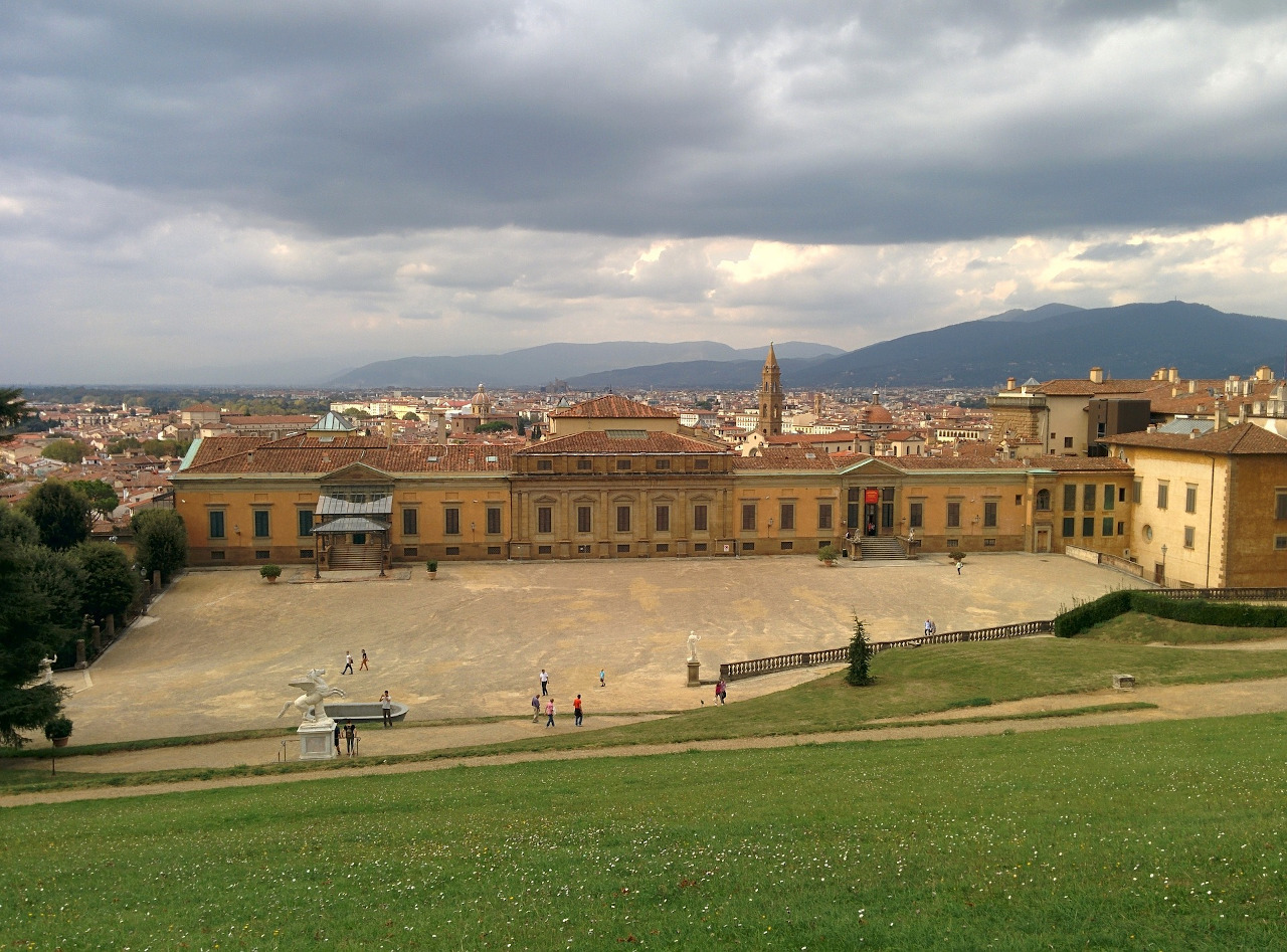 Pitti Palace, Florence. The only Florence travel guide you'll need to prepare your Florence holiday!